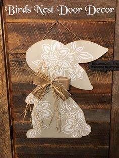 Excited to share this item from my shop: Easter Bunny Floral door Hanger Easter Projects, Easter Crafts, Painted Sticks, Tree Crafts, Holiday Festival, Spring Crafts, Diy Painting, Easter Bunny, Crafts To Make