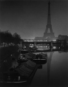 Paris ca. 1932 Photo: Brassai