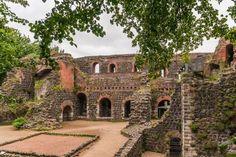 Discover Düsseldorf Kaiserswerth: Day Trip To Kaiserpfalz Ruins 3 Days In Amsterdam, Amsterdam Photos, Visit Amsterdam, Amsterdam City, Amsterdam Travel, Amsterdam Souvenirs, Amsterdam Itinerary, German Architecture, Best Cities