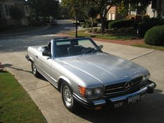 1985 Mercedes Benz 380sl....three years newer than mine, but looks just like it.