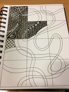 Neat idea on how to break up a page into smaller bits but still have something run through it - Zentangle Doodles easy Doodles Zentangles, Tangle Doodle, Zentangle Drawings, Zentangle Patterns, Doodle Drawings, Doodle Art, Zentangle Art Ideas, How To Zentangle, Pen Doodles