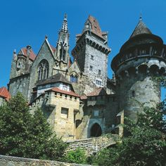 The Kreuzenstein Castle is located north of Vienna and it is one of the most beautiful sights of Lower Austria