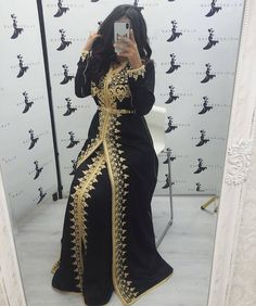 Arab Fashion, Mod Fashion, Sporty Fashion, Morrocan Dress, Modesty Fashion, Hijab Style, Parka Style, Engagement Dresses, Caftan Dress