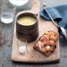 Soupe de panais à l'huile de noisette et tartines de pétoncles au speck