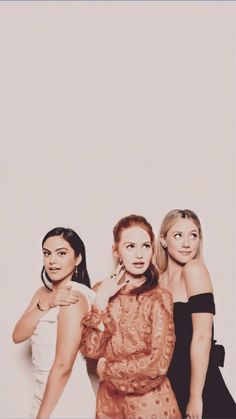 childhood& The post childhood& appeared first on Riverdale Memes. Cheryl Blossom Riverdale, Riverdale Cheryl, Bughead Riverdale, Riverdale Funny, Riverdale Memes, Lili Reinhart, Pretty Little Liars, Riverdale Wallpaper Iphone, Riverdale Poster