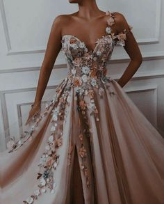 Stunning Prom Dresses, Pretty Prom Dresses, Elegant Dresses, Cute Dresses, Beautiful Dresses, Elegant Ball Gowns, Princess Prom Dresses, Princess Ball Gowns, Gorgeous Dress
