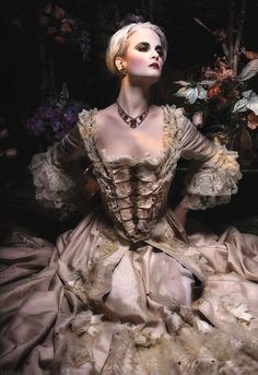 dark fairytale, romantic fashion.