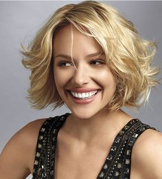 Extra inches can really drag you down. A flirty, layered crop gives your hair more body (and gives you sexy confidence): http://www.bhg.com/beauty-fashion/hair/modern-sexy-hairstyles-that-take-years-off/?socsrc=bhgpin111714shortstory&page=4