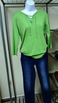 cbaf92d77a7 Women s Lands End size S P 6 8 long sleeve shirt  fashion