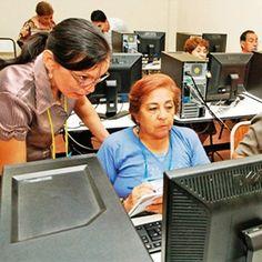 """Interesante artículo de El Día:     """"Ancianos que van a la 'U' y son ejemplo de superación"""".    En el siguiente enlace podrás leer el artículo completo:  http://eju.tv/scripts/aa3.php?pagina=http%3A%2F%2Fwww.eldia.com.bo%2Findex.php%3Fc%3DEl+dia+te+recomienda%26articulo%3DAncianos-que-van-a-la--U--y-son-ejemplo-de-superacion%26cat%3D368%26pla%3D3%26id_articulo%3D115965"""