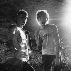 One Direction Zayn and Louis Imagines One Direction, One Direction Fotos, One Direction Wallpaper, One Direction Pictures, I Love One Direction, Zayn One Direction, Sydney, Foto One, You Found Me