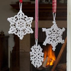 Crochet snowflakes pattern from TheMakingSpot