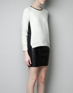 KNITTED TOP WITH LACE SLEEVES