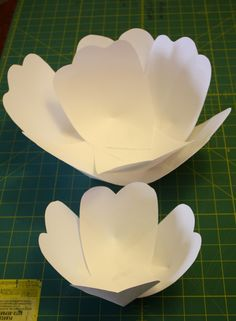 At Second Street: DIY giant paper flowers