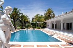 Front line golf villa in Marbella: POA A very special villa, built on three large plots with views and access to the golf. Located in one of the best areas of Marbella, Nueva Andalucía , in a gated community with 24 hour security