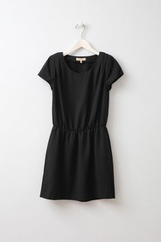 Only 1 left - Elay Litte Black Dress Short black dress with elastic waist and pockets on the sides from Swedish brand Whyred.
