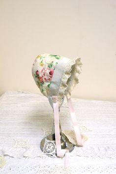 RoseGarden newborn baby bonnet infant. photo by StarlitesChild