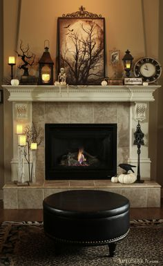 Halloween mantle decorating ideas and free printable in DIY projects at Artdesignjoy.com.
