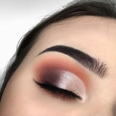 Gorgeous eye makeup mauve and terracotta , mauve and peach #eyemakeup #eyeshadow