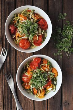 Zucchini Noodles with Roasted Heirloom Tomatoes // Tasty Yummies