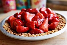 Pioneer Woman - Strawberry Pretzel Pie. (In the comments, someone talks about adding a cream cheese layer! -rhc)
