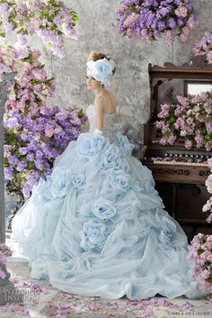 I would love to just wear this dress for a day.but not as a wedding gown! Strapless wedding gown in pale blue with floral accents from Stella de Libero. Lots of beautiful pale blue flowers. Bridal Gowns, Wedding Gowns, Wedding Cake, Prom Gowns, Quinceanera Dresses, Wedding Venues, Bridal Collection, Dress Collection, Colored Wedding Dresses