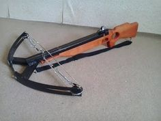 How to make compound crossbow. Homemade Crossbow, Diy Crossbow, Crossbow Arrows, Homemade Weapons, Crossbow Hunting, Camping Survival, Survival Gear, Survival Skills, Compound Crossbow