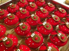 Reindeer  Christmas cup cakes  #Christmas #cupcakes