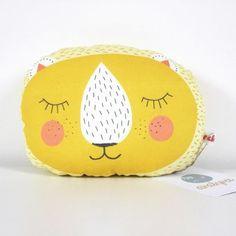 Ava&Yves Animal Pillow Lion mini | design3000.com