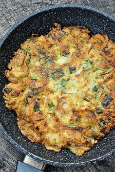 Chickpea and onion omelette VeganSandra - tasty, cheap and easy vegan recipes by Sandra Vungi: