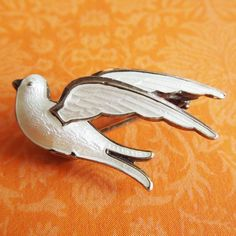 Vintage Enamel SMALL WHITE DOVE BIRD PIN Meldahl Norway Sterling Silver Brooch