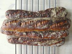 Baguette – Maškrtnica Sourdough Bread, Bread Recipes, Meat, Baking, Food, Yeast Bread, Bakken, Essen, Backen