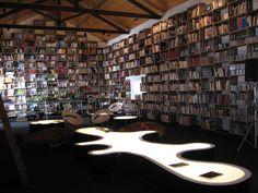 Preciosa librería en Óbidos,Portugal.