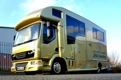 #KPHLTD  This has made our day and thanks for the mention 'Just Horsing About' A great new site and very kind review for us - http://www.justhorsingabout.com/blog/item/9-which-horsebox-manufacturer #horsehour #horseboxes