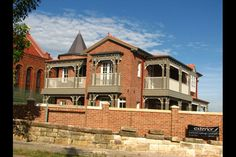 Luxury Home Builders - Chateau Architects + Builders Sydney Custom Built Homes, Home Builders, Luxury Homes, Architects, Building A House, Sydney, Urban, Mansions, House Styles