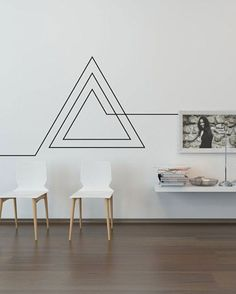 Masking tape 12 ideas for decorating a white wall Masking tape 12 id es pour d corer un mur blanc A design concept for less than 4 euros Masking Tape Wall, Tape Wall Art, Tape Art, Diy Wand, Diy Wall Decor, Room Decor, Wall Decorations, Diy Interior, Interior Design