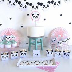 The little Panda Party - Pink , Panda Party Printable Set Panda Birthday Party, Panda Party, Bear Party, Baby Birthday, Baby Shower Parties, Baby Boy Shower, Baby Showers, Bolo Panda, Panda Cakes