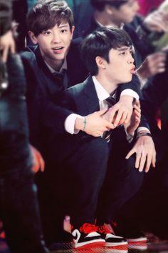 aaaaoohahahaha Channie eomma controlling his child baby Kyungsooyah~ ♥♥