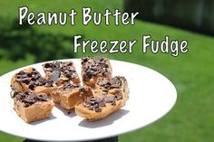 Healthy Peanut Butter Freezer Fudge -- all natural, so easy to make, and delicious!