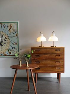 60s danish rosewood chest of drawers - Danish teak coffe table, 1950 c.a. - Italian table lamps model Arenzano designed by Ignazio Gardella for Azucena in 1956 - Liljan candlestick or flower holder by Ivar Ålenius Björk for Ystad Metall, Sweden, 1930 c.a./ www.capperidicas.com