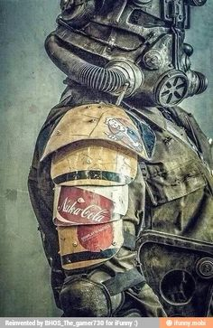 Fallout fans are very excited to see the new Fallout game. So we collected some of the best Fallout cosplays for Fallout fans to boost their excitement. Fallout New Vegas, Fallout Art, Fallout Quotes, Fallout Props, Fallout Cosplay, Bioshock Cosplay, Fallout Costume, Post Apocalypse, Video Game Art