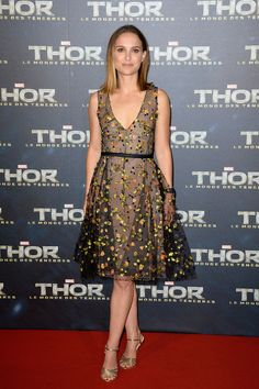 Natalie Portman in Christian Dior Couture at the Paris premiere... - Hollywood Fashion | Ador