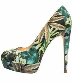 Los Zapatos De Salón Verdes Para Mujer  Los zapatos de salón verdes para mujer…