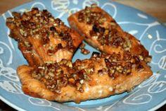 Recipe: Baked Honey Pecan Glazed Salmon :: MMM (Must-Make-Monday) | Fox in the Kitchen
