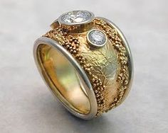 Ring: an example of random granulation with no formal design...I love the freedom of this