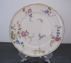 Hey, I found this really awesome Etsy listing at http://www.etsy.com/listing/161757625/beautiful-vintage-castleton-china-salad