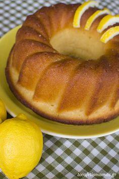 Κέικ λεμόνι σιροπιαστό. - To Cafe tis mamas Doughnut, Drinks, Desserts, Food, Tailgate Desserts, Beverages, Deserts, Essen, Drink