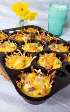 Loaded Denver Omelet Muffins - Rise and shine with a plan. A cheesy, crispy Loaded Denver Omelet Muffin plan that is! I'm loving brunch at home, no waiting in line for a table, just takes a little planning ahead. Breakfast Platter, Breakfast For A Crowd, Breakfast Items, Breakfast Recipes, Cooking Bread, Cooking Recipes, Bacon Egg Muffins, Omlet Muffins, Ranch Recipe