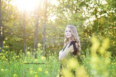 Senior pictures Yellow Flowers #seniorpictures #claytonnc #flowers #heidiwoodphotography