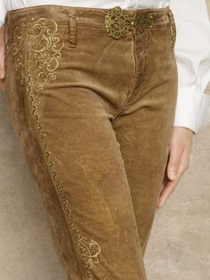 Skinny Embroidered Jean - Ralph Lauren via Louise Szczepanik ( Lake ) Cowgirl Chic, Western Chic, Western Wear, Fashion Details, Love Fashion, Winter Fashion, Womens Fashion, Fashion Design, Women's Dresses